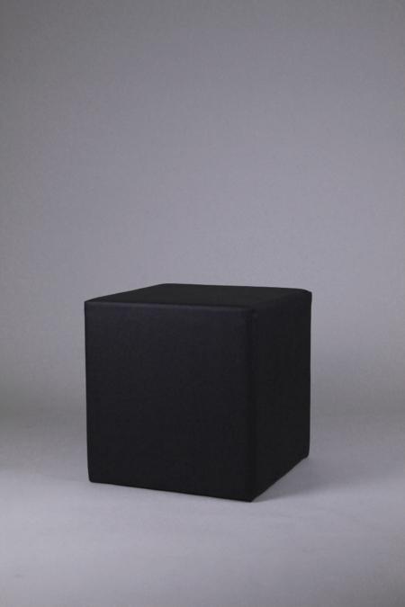Sitzwürfel schwarz bei Deko-Tec mieten