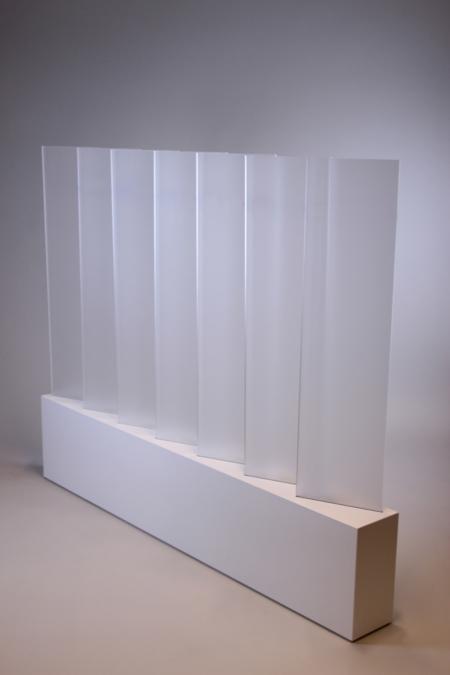 Raumtrenner klein aus Acrylglas bei Deko-Tec mieten
